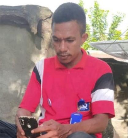 Agus Klakik menceritakan pengalamannya bergabung dengan KSP Kopdit Pintu Air Demi Perkuat Ekonomi Keluarga (Foto: Gitur)
